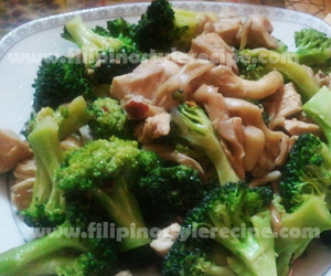 Stir Fried Broccoli and Mushroom