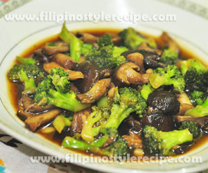 Broccoli and Shiitake Mushroom in Oyster Sauce