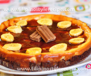 Chocnut Cheesecake with Caramel and Bananas